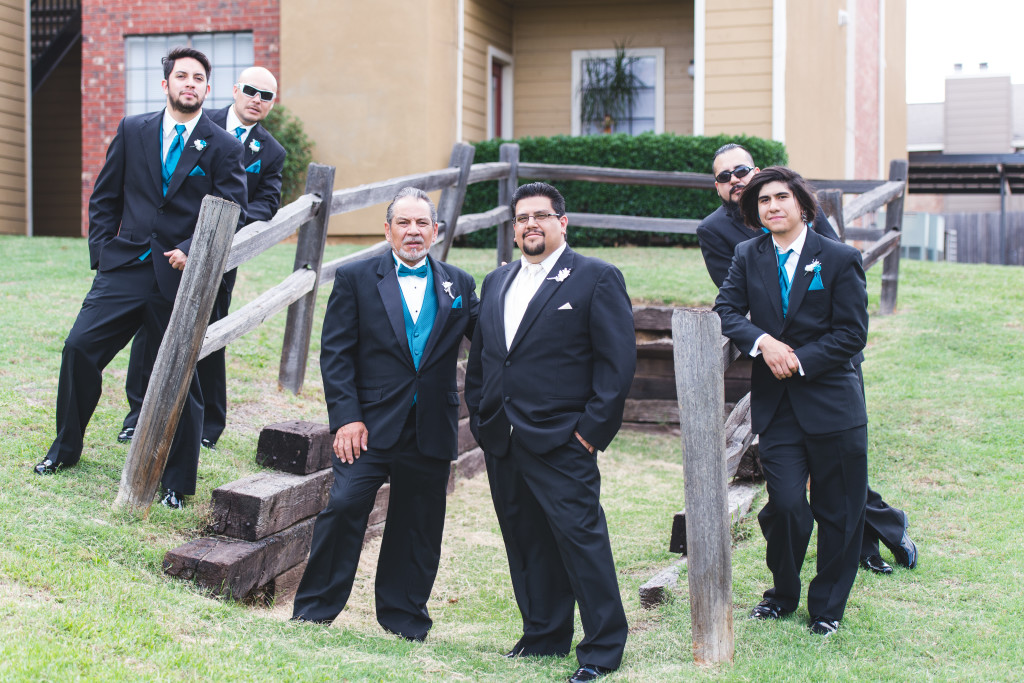 wedding dallas photographer groomsmen