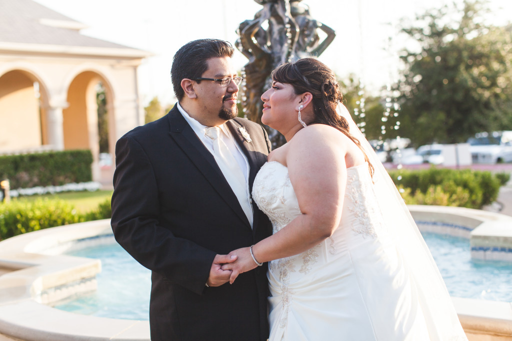 wedding dallas photographer mediterranean villa first look
